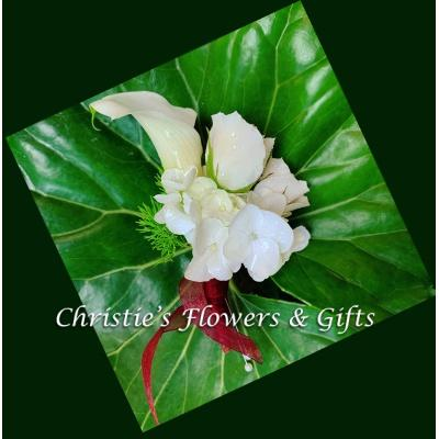 Calla Lily and Rose Boutonniere
