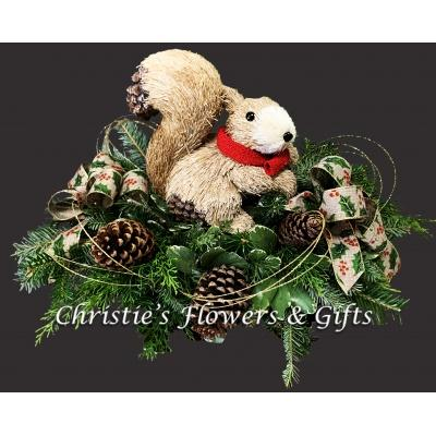 Wintergreens Centerpiece Squirrel