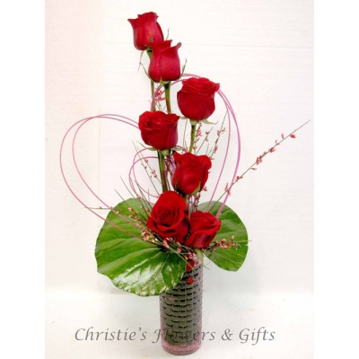 Expressions of love - 1/2 Dozen Premium Long Stem Roses